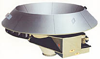 Carman Drawdown Hoppers feature a projection ring to transmit vibration and energy directly into a storage pile.